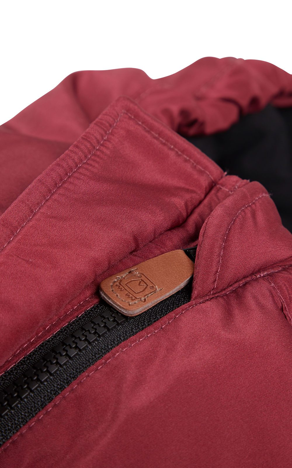 Voksi_Move_sleepingbag_Ruby-Red_Emergency_zipper